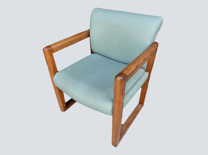 Chair (Green w/Wood Arms)