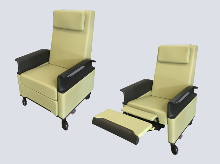 Recliner/Sleeper Chair (Light Green Leather)