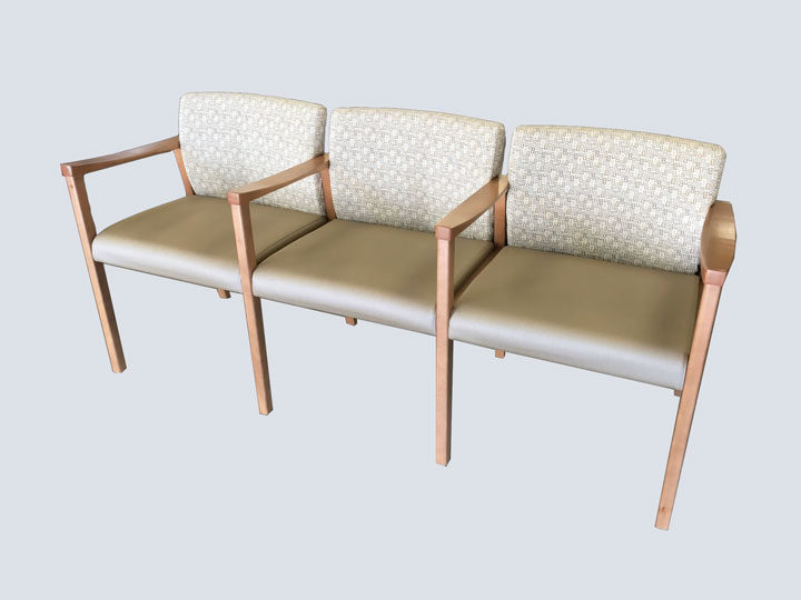 Chair - High End - Triple (Cream Pattern)